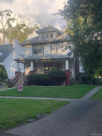 Oakland County, Macomb County, Wayne County Single Family Home For Sale: 14528 Ashton