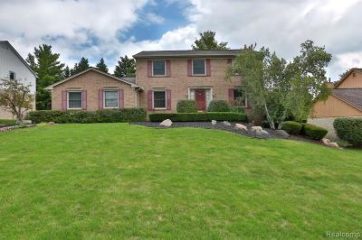 Farmington Single Family Home For Sale: 25550 Hunt Club Boulevard
