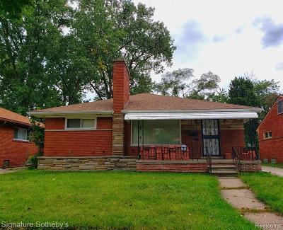 Oakland County, Macomb County, Wayne County Single Family Home For Sale: 24320 Moritz Street
