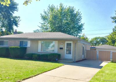 Macomb County Single Family Home For Sale: 27407 Grobbel Drive