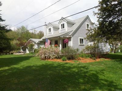 Holly Twp, Holly Vlg, Holly Single Family Home For Sale: 2447 Houser
