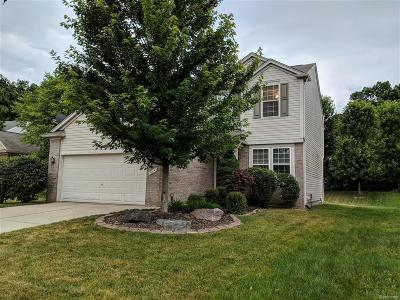 Holly Single Family Home For Sale: 914 Deer Valley
