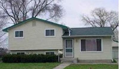 Holly Single Family Home For Sale: 708 Hartner