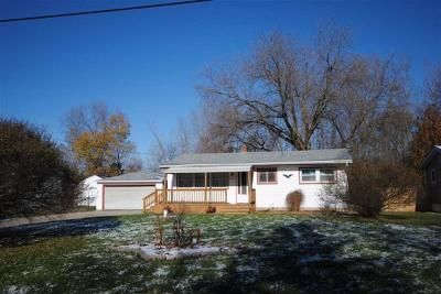 Genesee Twp Single Family Home For Sale: 6049 Bunker Hill