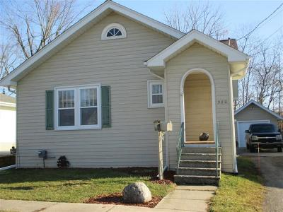 Flushing Single Family Home For Sale: 320 Myrtle