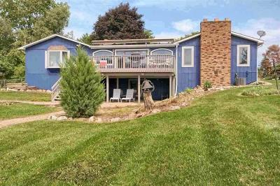 Single Family Home For Sale: 10370 Hills Lane Drive