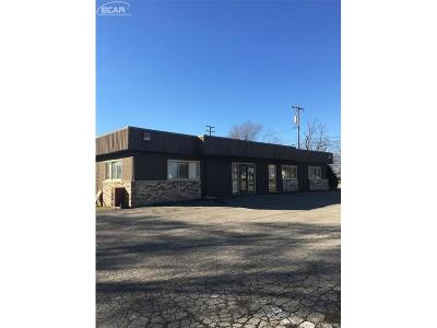 Clarkston, Waterford, Waterford Twp Commercial For Sale: 3127 Dixie Highway