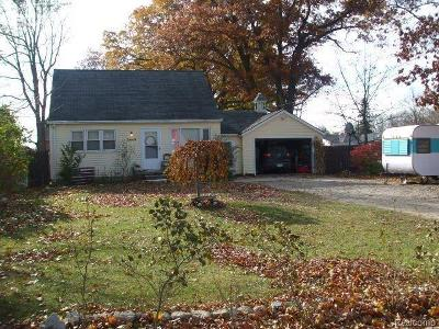 Holly Single Family Home For Sale: 3448 Grange Hall Road