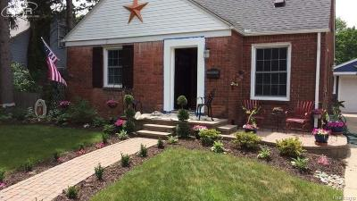 Royal Oak, Royal Oak Twp Single Family Home For Sale: 646 S Wilson Avenue