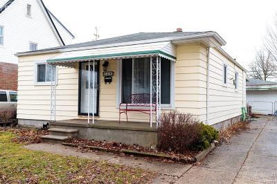 Royal Oak Single Family Home For Sale: 2408 Rowland Avenue