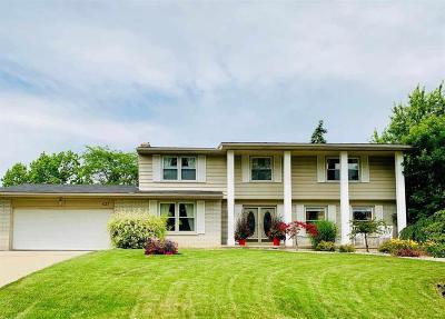 Grand Blanc Single Family Home For Sale: 437 Thomas