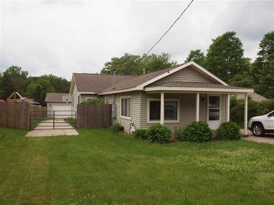 Genesee County Single Family Home For Sale: 5297 Flushing Rd
