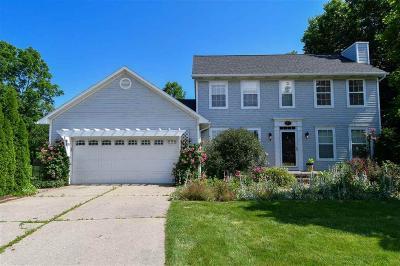 Grand Blanc Single Family Home For Sale: 11559 Shell Bark Lane