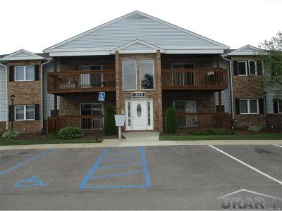 Trenton Condo/Townhouse For Sale: 1595 Harbour Boulevard #Unit #15