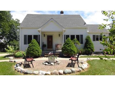 Plymouth Single Family Home For Sale: 12700 Dunn Ct