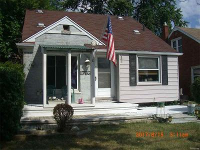 Redford Single Family Home Sold: 17630 Beech Daly
