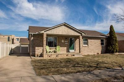 Southgate Single Family Home For Sale: Southgate