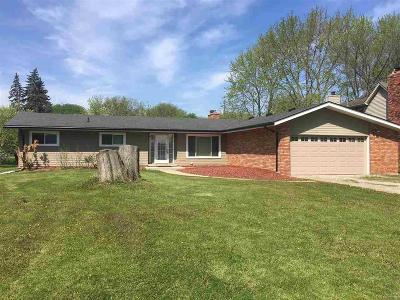 Grosse Ile, Grosse Ile Twp Single Family Home For Sale: 28368 Chatham