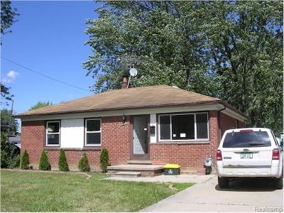 Flat Rock Single Family Home For Sale: 29329 Red Cedar
