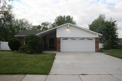 Brownstown Twp, Flat Rock Single Family Home Contingent - Continue To Show: 20798 Richard
