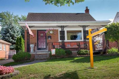 Dearborn Single Family Home For Sale: 24429 Princeton St.