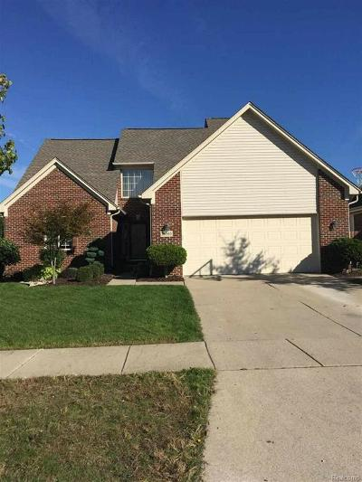 Brownstown Twp, Flat Rock Single Family Home For Sale: 24363 Charles