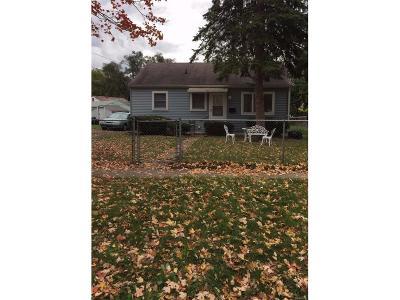 Ypsilanti Single Family Home For Sale: 411 Ainsworth Circle