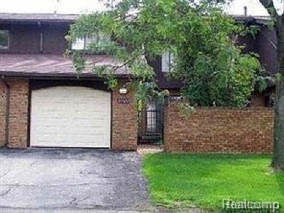 Southfield Condo/Townhouse For Sale: 26520 Inkster Road