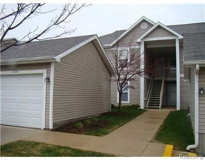Ann Arbor Condo/Townhouse For Sale: 1302 Heatherwood Ln