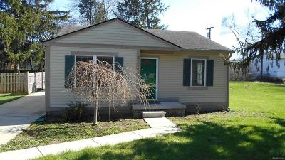Ypsilanti Single Family Home For Sale: 3109 Southlawn Street