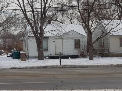 Romulus Single Family Home For Sale: 6837 Middlebelt Road