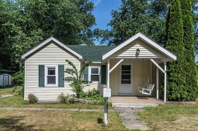 Monroe County Single Family Home For Sale: 13811 Bayside Drive