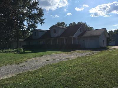 Van Buren Twp Single Family Home For Sale: 14190 Hoeft Road