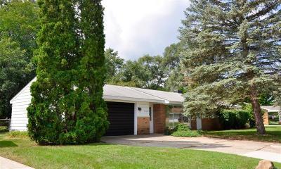Novi Single Family Home For Sale: 40947 Mooringside