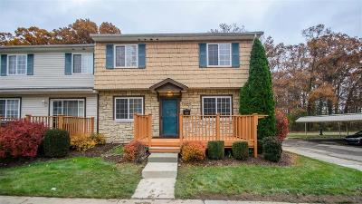 Taylor Condo/Townhouse Contingent - Continue To Show: 16369 Terrace Village Drive #71