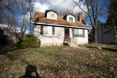 Waterford, West Bloomfield Twp, Independence Twp, Clarkston Single Family Home For Sale: 3649 Walnut