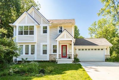 Ann Arbor Single Family Home For Sale: 1000 Ravenwood Street