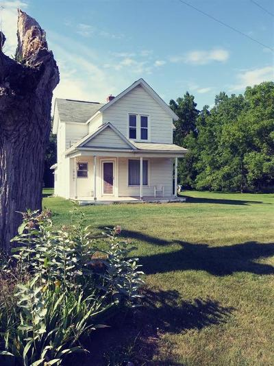 Monroe County Single Family Home For Sale: 14566 Darling Road