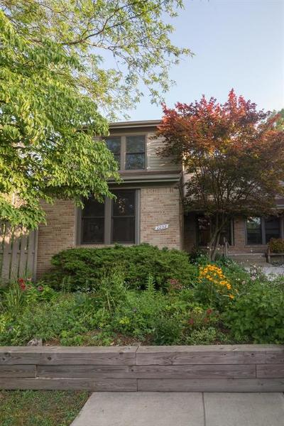 Ann Arbor Condo/Townhouse For Sale: 2232 Rivenoak Court