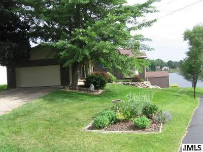 Hillsdale County Single Family Home For Sale: 10888 Emerald Ct