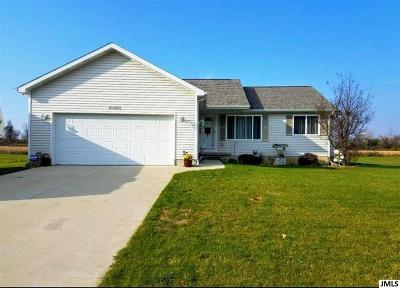 Single Family Home For Sale: 4404 Soya Ave