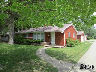 Redford Single Family Home Sold: 12802 Sarasota