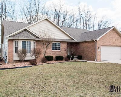 Monroe Single Family Home For Sale: 15206 Oak Knoll