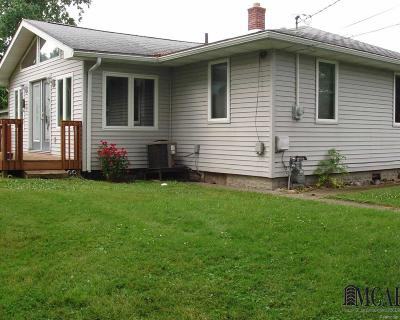 Monroe County Single Family Home Contingent - Continue To Show: 5811 Nelson