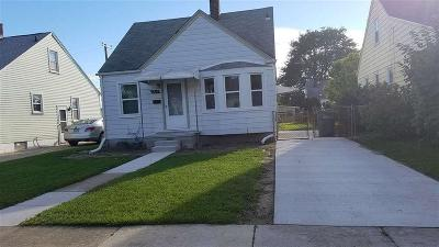 Lincoln Park MI Single Family Home For Sale: $89,900