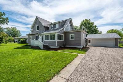 Monroe County Single Family Home Contingent - Continue To Show: 357 Penfield