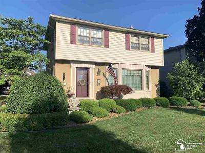 Trenton Single Family Home For Sale: 2161 Westfield