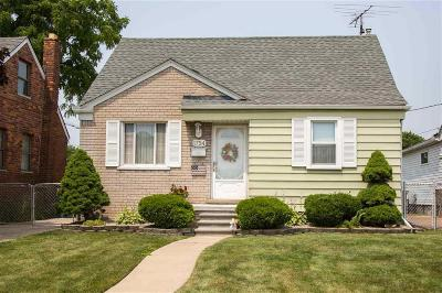 Lincoln Park Single Family Home For Sale: 1754 Markese