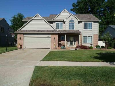 Southgate Single Family Home For Sale: 15584 Hickory