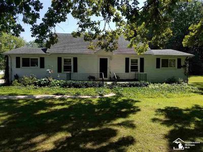 New Boston, Huron Twp Single Family Home For Sale: 20053 Merriman Rd